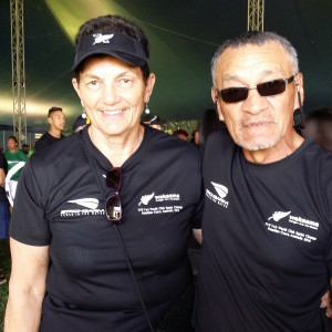 Before opening ceremony at Lake Kawana_Lesley Lenden